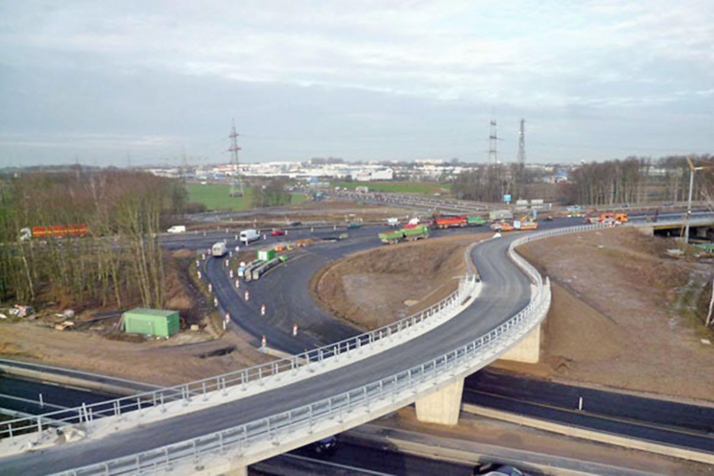 Januar 2012 – Fertiggestellte Brücke Süd Ost