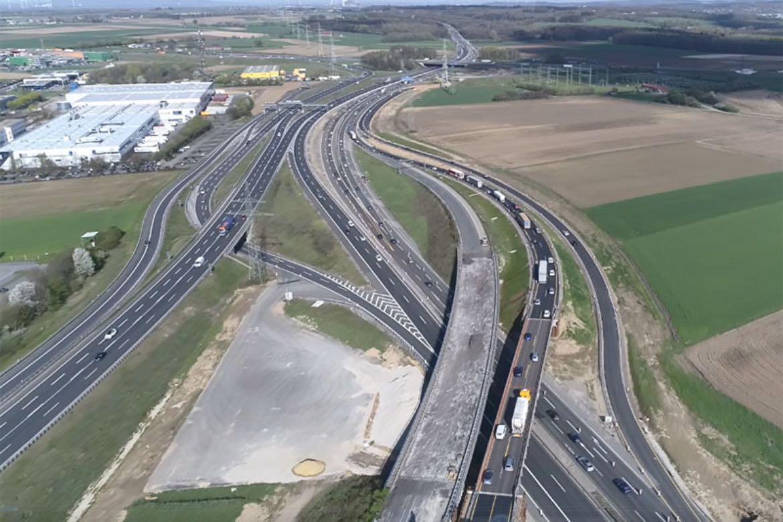 Behelfsbrücke A4 in Betrieb